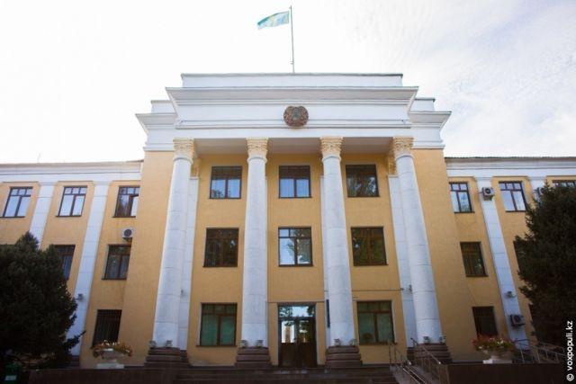 Мониторинговая группа акимата Талдыкоргана подозревается в коррупции