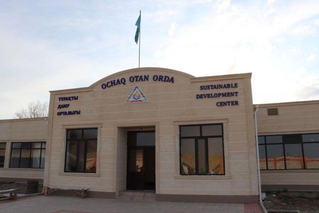 В Алматинской области меценат построил для сельчан бесплатный образовательно-досуговый центр